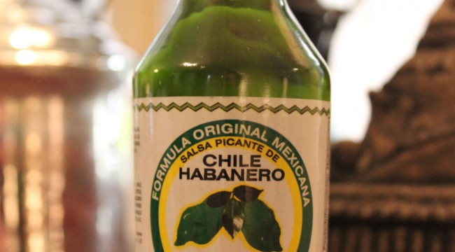 La Anita Green Chile Habanero Hot Sauce Bottle